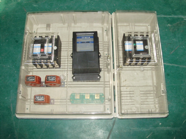 三相四线动力箱互感器式100a,250a